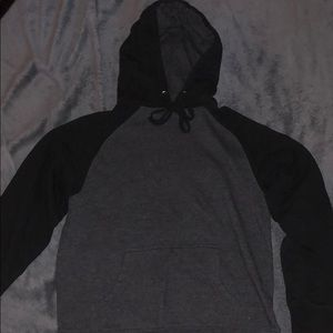 Pullover Hoodie (XS)